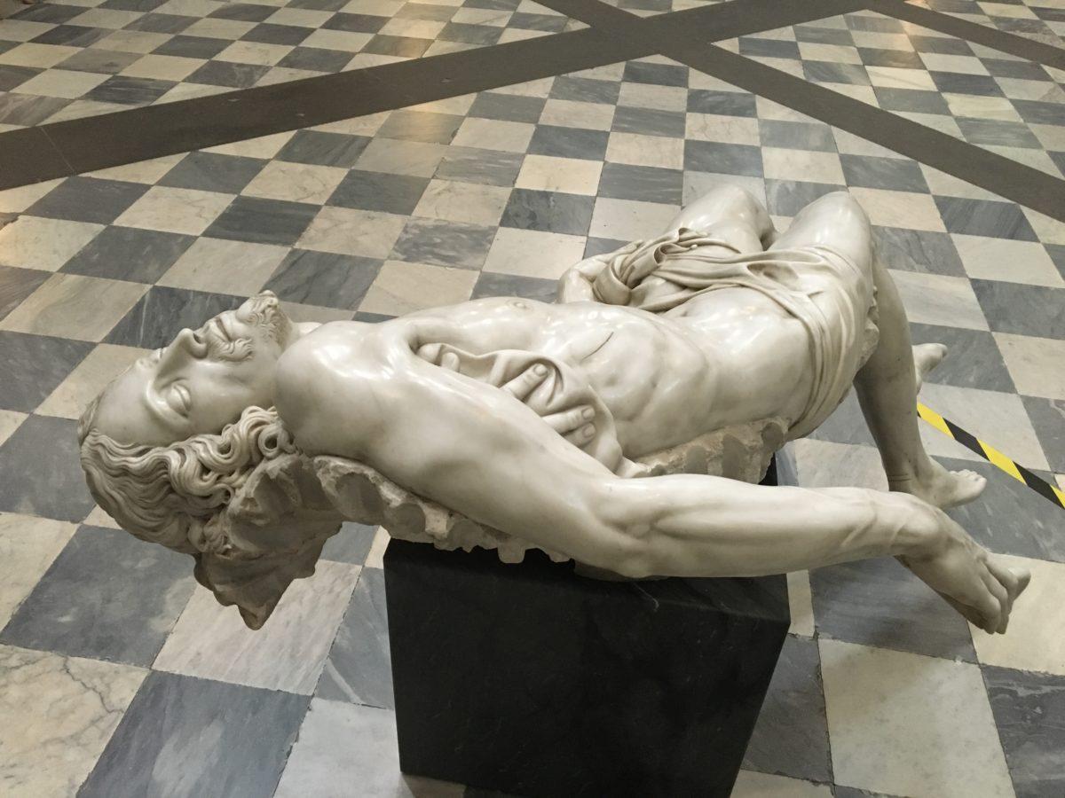 """""""Souvenir Pietà"""" 2006-2016 - Fabio Viale- Poggiali e Forconi"""